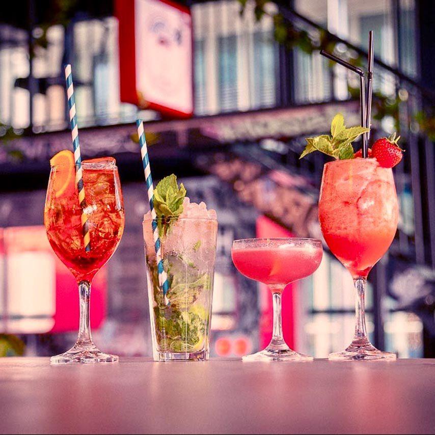 HUCKSTER London Cocktail Bar Burgers Paddington West London Brunch Party